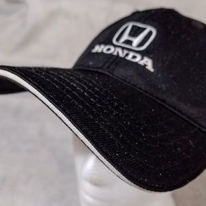 68252ef5 Honda Black & White Mechanics Rain Ball Cap Hat